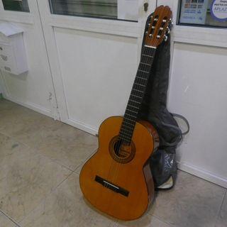 Guitarra Admira Juanita sin uso