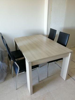 Mesa extensible, regalo sillas