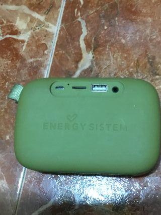 Conjunto de batería portátil y de altavoz