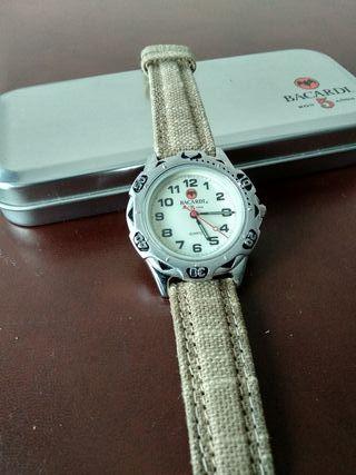 Reloj Bacardi nuevo