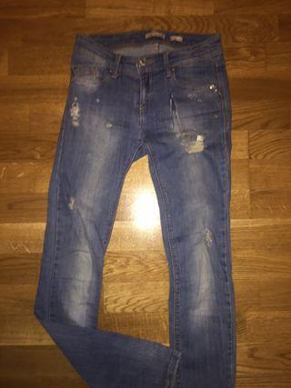 Pantalon de STRADIVARIUS REGULAR talla 34 Mujer