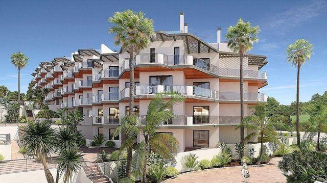 Bajo en venta en Urbanización Santa Rosa en Torrox (El Morche, Málaga)