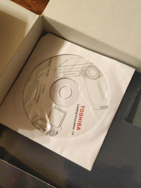 Cámara de vídeo Toshiba Camileo P 10