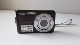 Cámara de fotos Nikon Coolpix S210