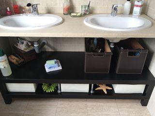 Mueble Tv/ baño marrón ikea