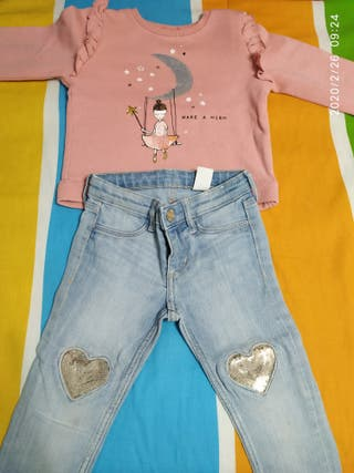 conjunto pantalón y sudadera