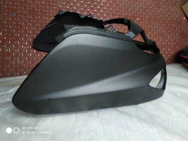Frontal Yamaha TMax