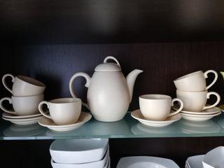 Juego de tazas y platos cerámica i tetera
