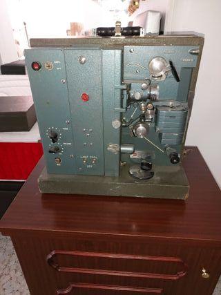 Proyector cine RCA modelo 400