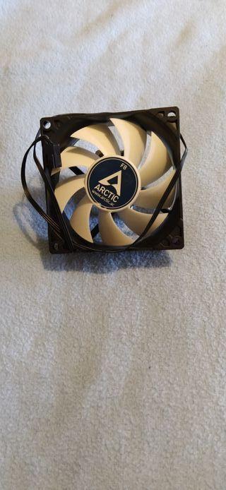 Ventilador Para PC Arctic F8