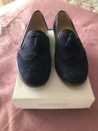 Zapato niño talla34 ante y lino con borlas