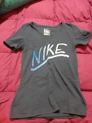 OFERTON! Camiseta manga corta Nike nueva t.XS!