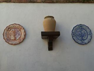 2 platos de ceramica de Manises pintados a mano