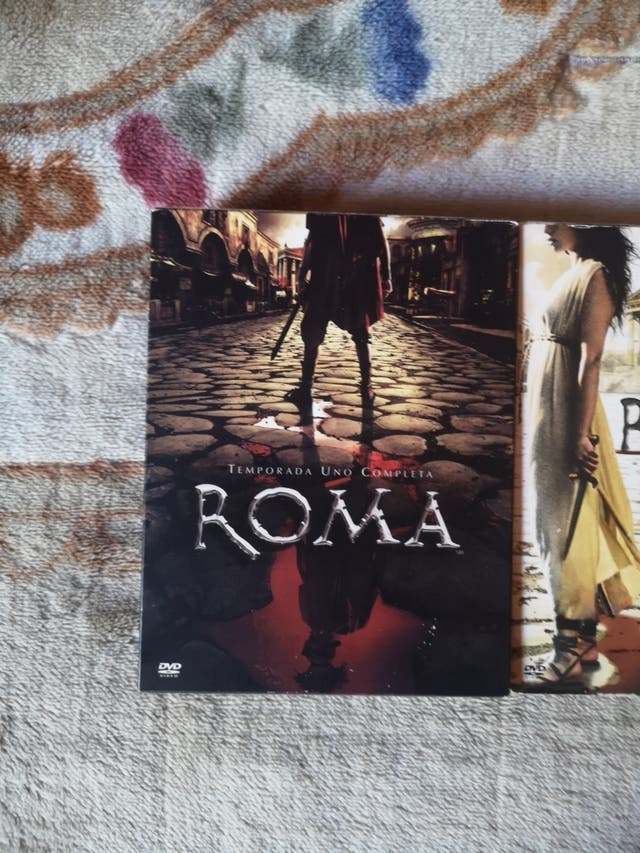 Roma temporada 1 y temporada 2 edición madera