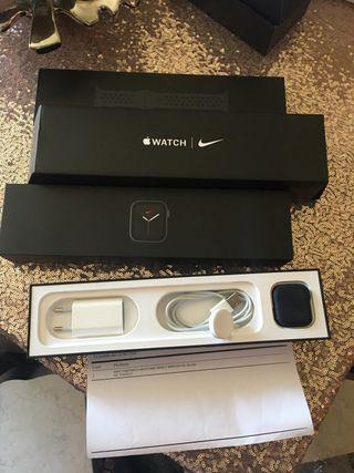 Apple Watch serie 5 NIKE 40mm+LTE(4g) A ESTRENAR