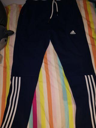 pantalón Adidas A estrenar