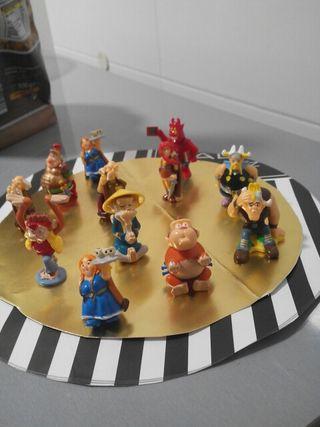 12 Figuras Kinder