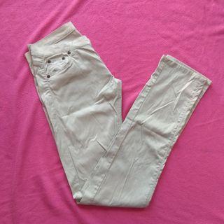 pantalones efecto seda