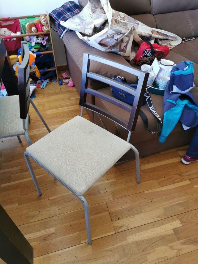 mesa salón y sillas