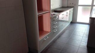 encimera y muebles de cocina