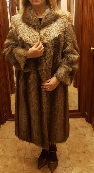 Abrigo de nutria polaca con canesú de astracán