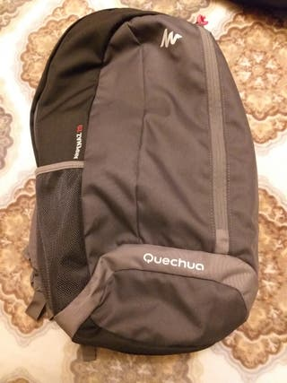 Mochila 15L Quechua