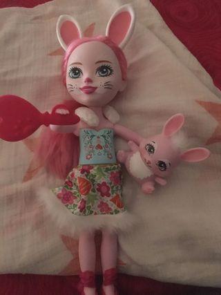 Muñeca Echantimals.