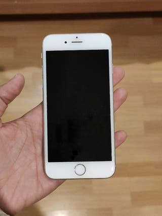 iPhone 6s 32gb + 20 fundas