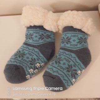 Calcetines borreguito bebé invierno