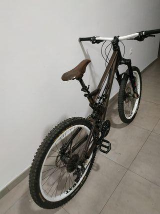 Bicicleta Enduro