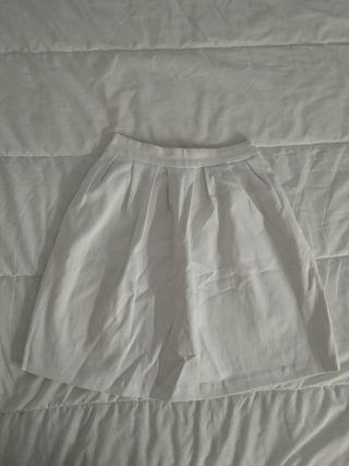 Falda blanca
