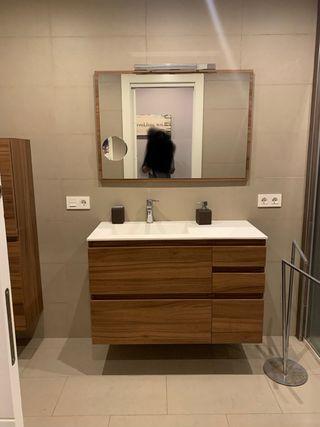 Conjunto mueble de baño, armario y espejo