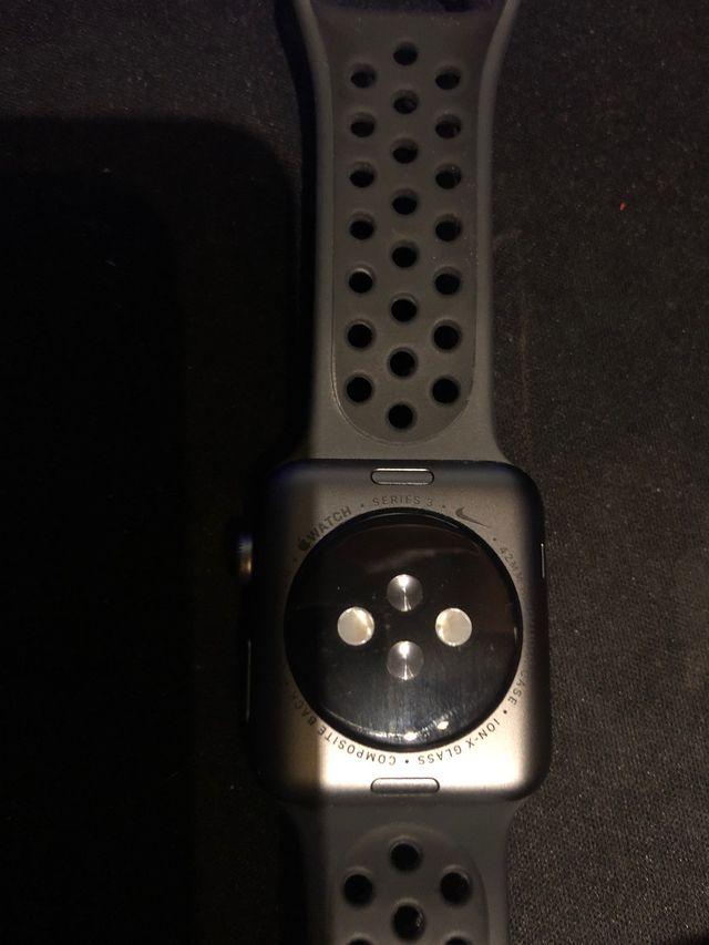 Se vende Apple Watch 3 42mm