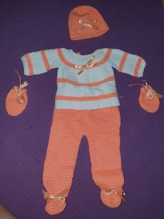 Conjunto tejido para bebés 1 a 3 meses