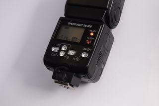 Flash Nikon speedlight sb-600
