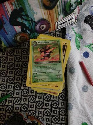 238 cartas de Pokémon todas verdaderas con caja