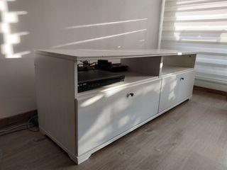 Muebles TV IKEA Borgsjo