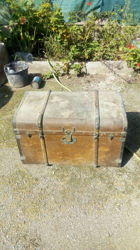 baúl antiguo para restaurar