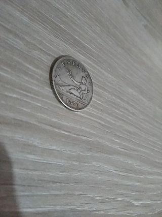 Una moneda 2 pesetas de 1870