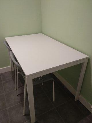 Mesa comedor o cocina blanca Ikea de segunda mano por 40