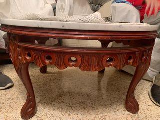Mesa de mármol y madera maciza