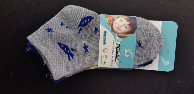 liquidacion en calcetines de niño niña
