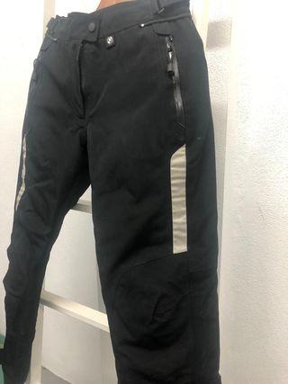 Pantalón mujer BMW