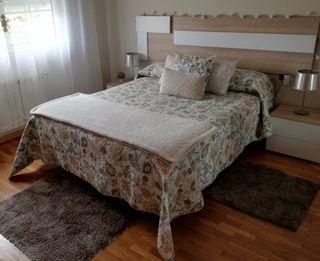 Colcha con estampado floral para cama de 135/150