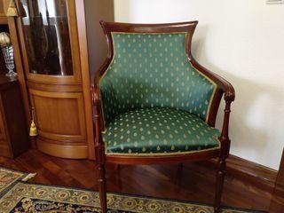 Butaca sillon en madera y tapizada