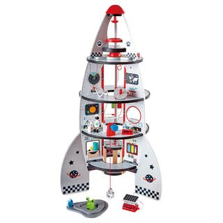 Cohete espacial plateado
