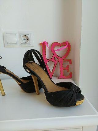 sandalias negra blanco 38