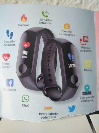 Vendo ( 2 ) relojes inteligentes