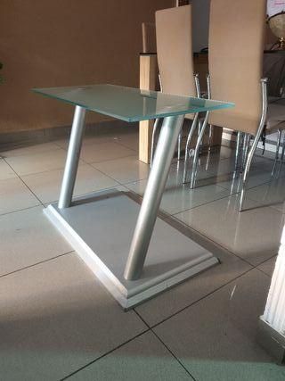 vendo mesa de cristal y aluminio
