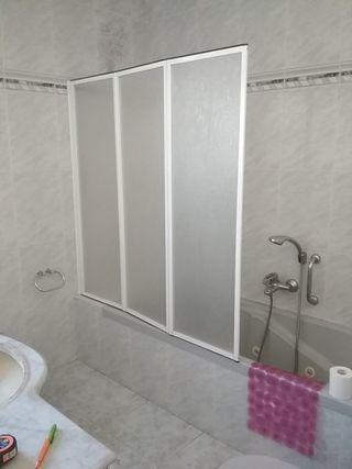 Mampara de baño plegable
